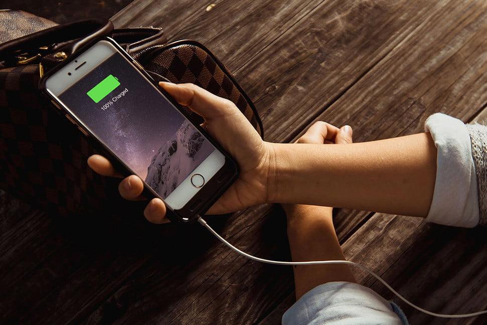 مختص شارژ و نگهداری باتری های آیفون
