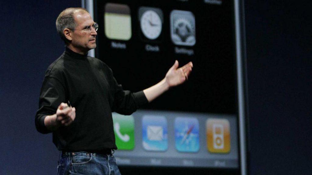 تاریخ سازترین لحظه معرفی اولین گوشی آیفون