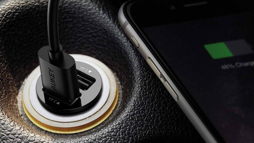 آیا شارژر فندکی برای گوشی ضرر دارد؟