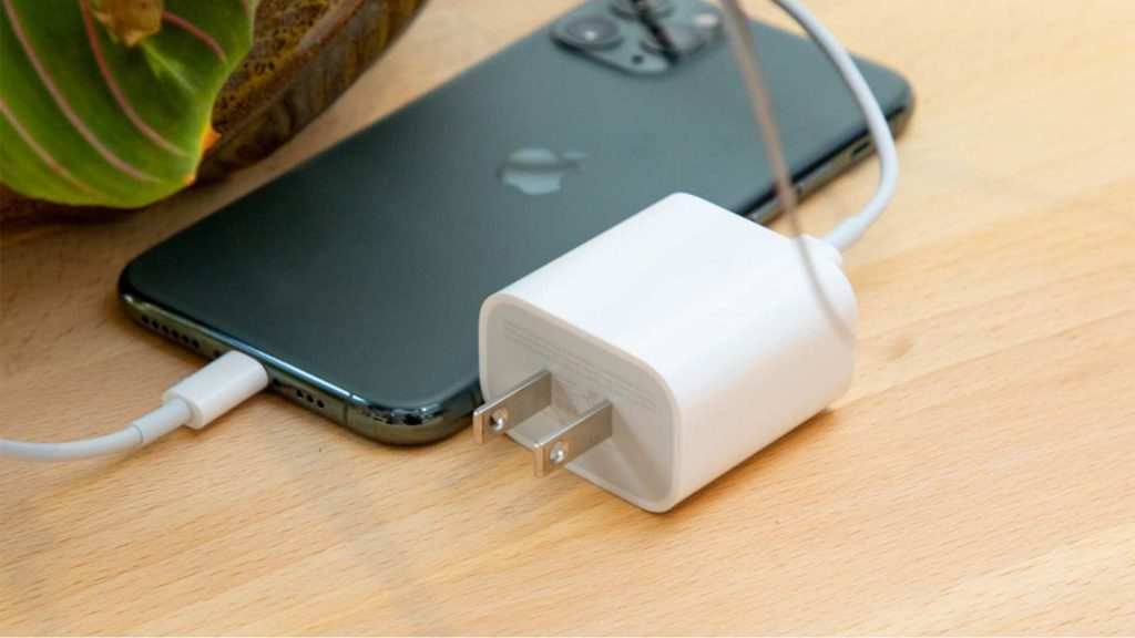 کدام شارژر موبایل بهتر است؟